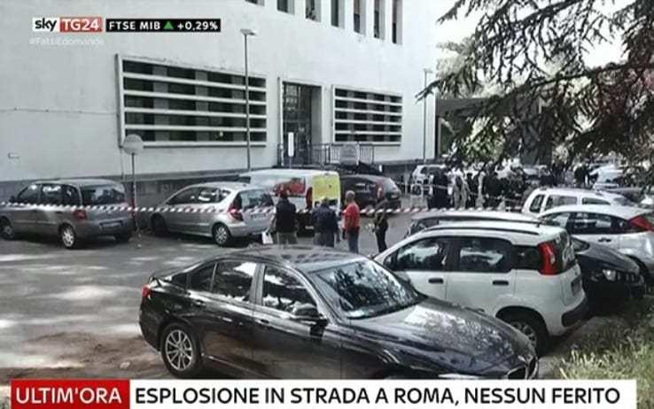 Explota un paquete bomba en una oficina de Correos en Roma
