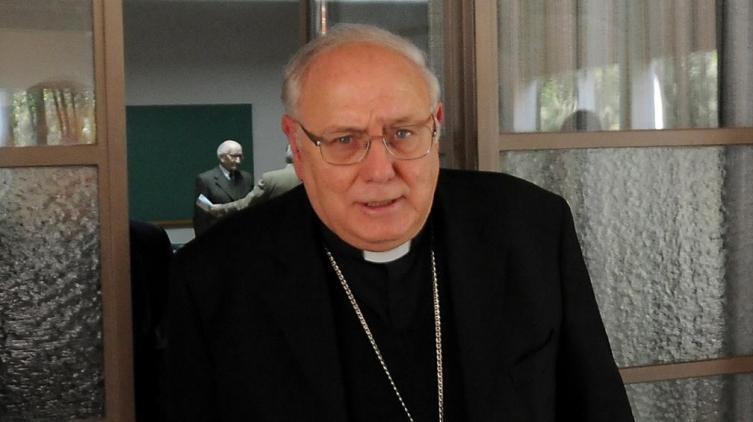 Nuevo párroco tras apartar al sacerdote — Monte Vera