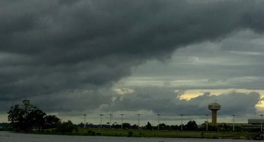 Se aguardan lluvias y lloviznas para un viernes gris