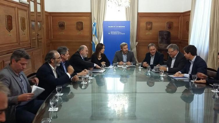 Schiaretti prioriza obras en Buenos Aires — Inundaciones