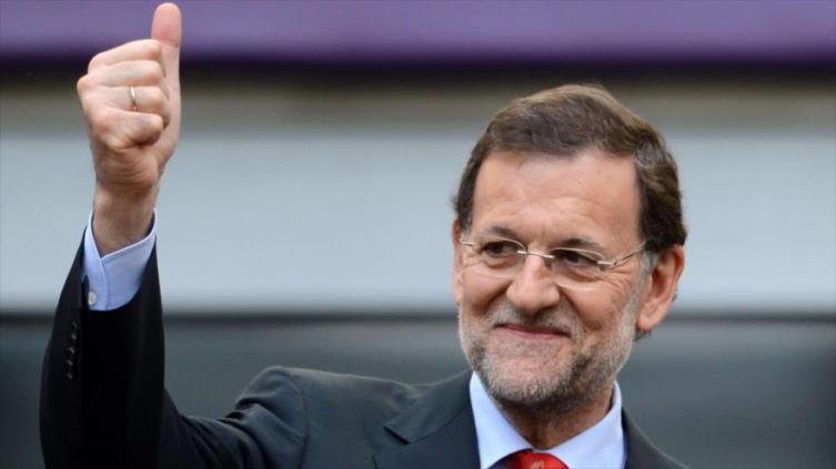 Presidente español Rajoy se equivocó y votó en contra su propio presupuesto