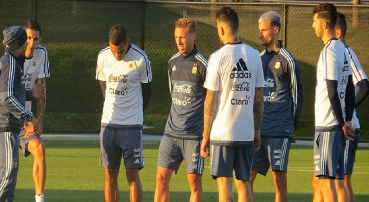 Segundo tiempo: Argentina derrota 4-0 a Singapur en un amistoso