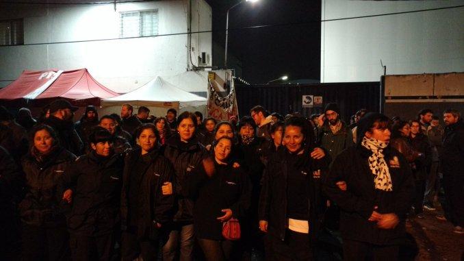 Dirigentes de izquierda se hicieron presentes y se ofrecieron como mediadores — PepsiCo