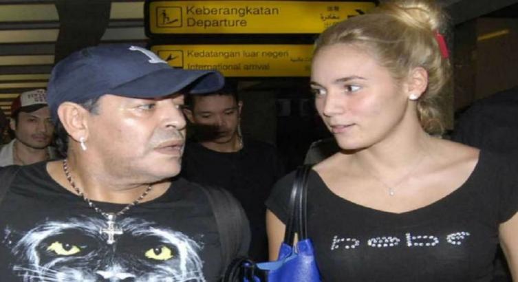 ¡Tremendo!: el durísimo mensaje de Rocío Oliva para Diego Maradona