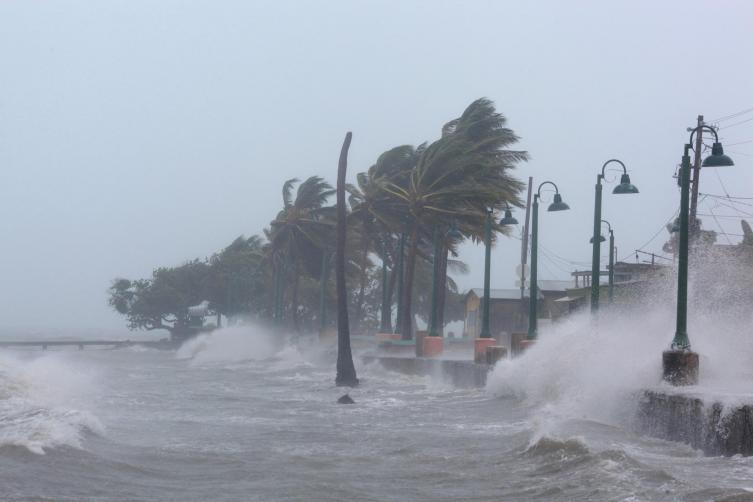 Autoridades del sur de Florida se movilizan por Irma