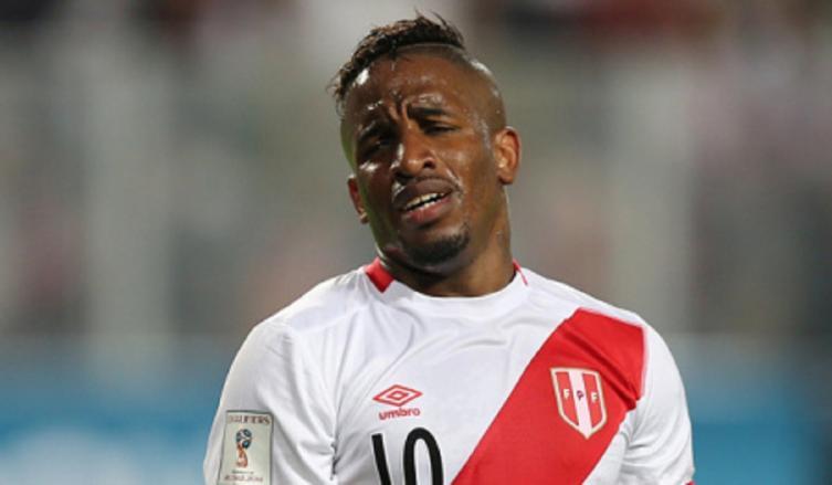 Gareca y Perú sufren con otra baja de peso para las Eliminatorias