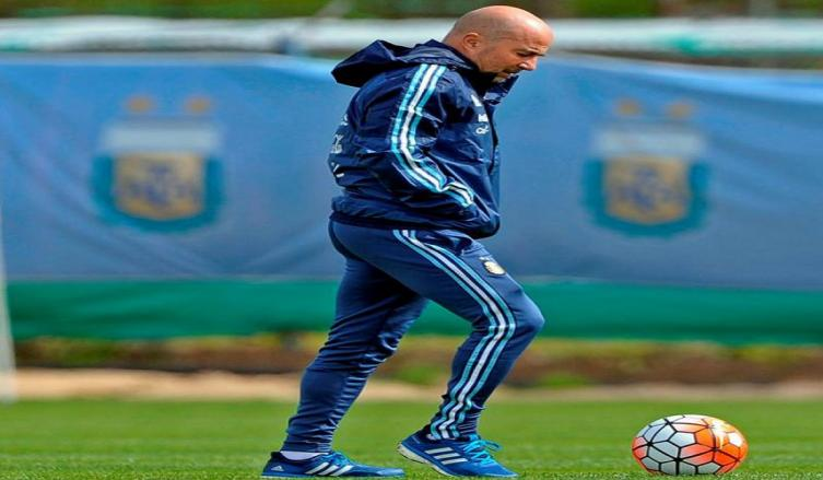Jorge Sampaoli entregó nómina para amistosos de noviembre
