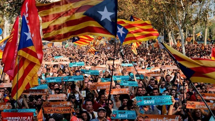 Puigdemont criticó la detención de ex miembros del gobierno catalán
