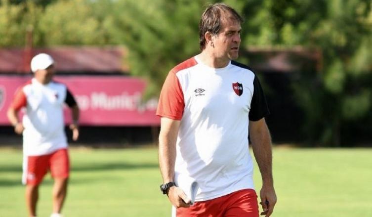 Banfield derrotó a Newell's con gol de Cvitanich — Superliga