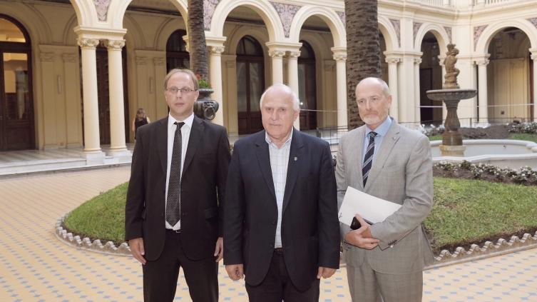 La Nación propuso a Santa Fe pagar con obras la deuda