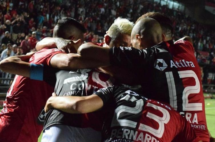 Belgrano ganó un partido clave ante Colón