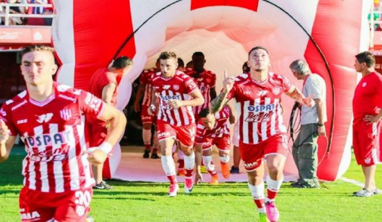 Racing busca el pase a Copa Libertadores