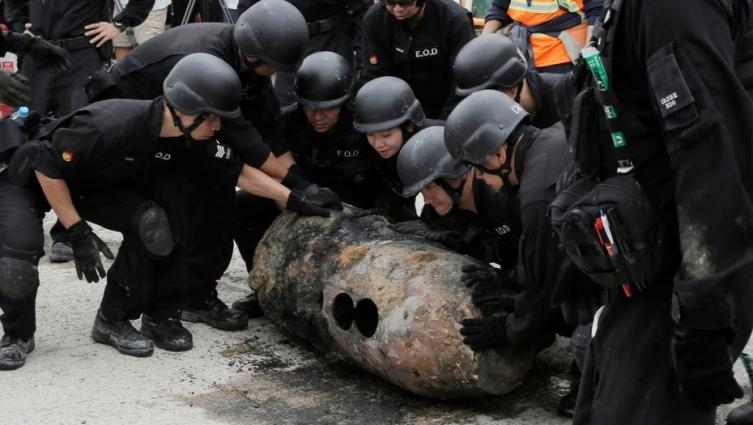 ¡OMG! Descubren una bomba de la Segunda Guerra Mundial en Hong Kong