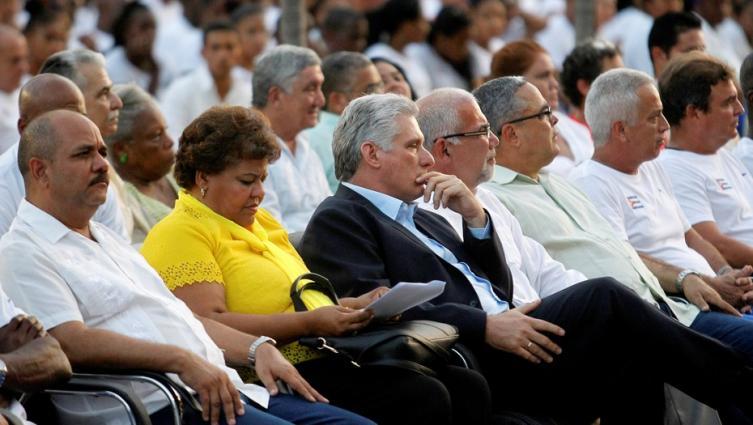 Cuba fija límite de mandato presidencial en nueva Constitución