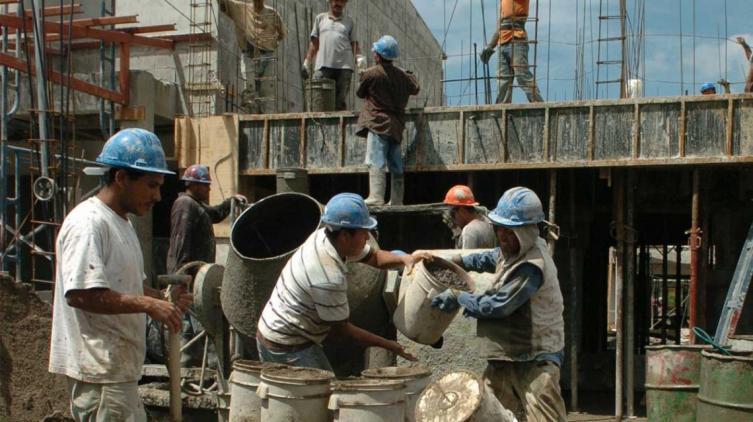 Trabajo en negro: AFIP tiene en la mira a 120.000 empleadores