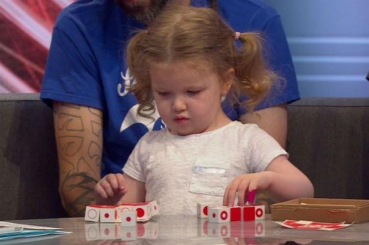 Niña de tres años tiene coeficiente superior a Einsten