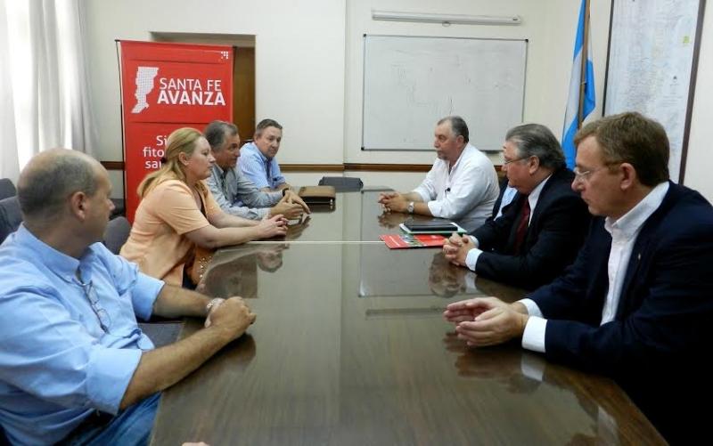El ministerio de la producci n y el inta firmaron un for Ministerio produccion